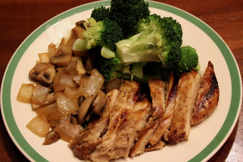 Teriyaki chicken with sautéed mushrooms and onions