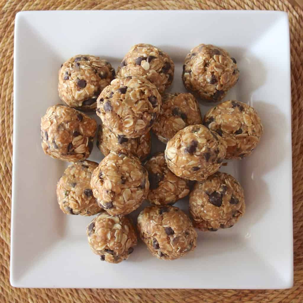 Chocolate Peanut Butter No Bake Energy Balls