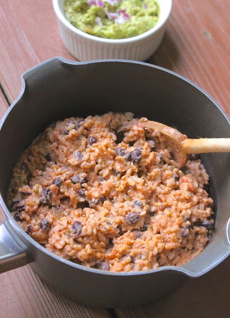 Mexican Risotto- serve alongside Cheese-Stuffed Salsa Chicken. SO easy & yummy! | www.healthy-liv.com