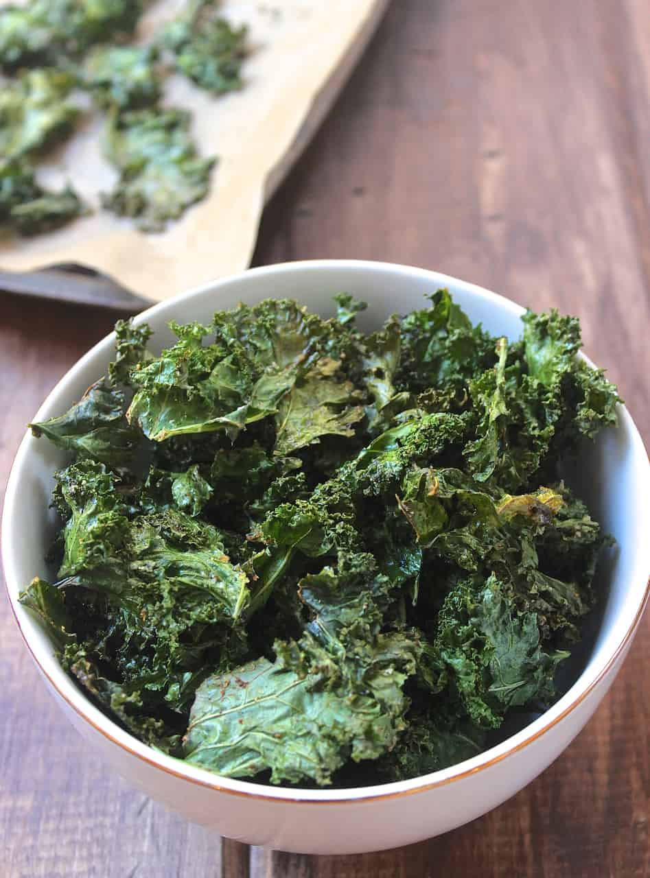 Perfectly Crispy Seasoned Kale Chips Healthy Liv