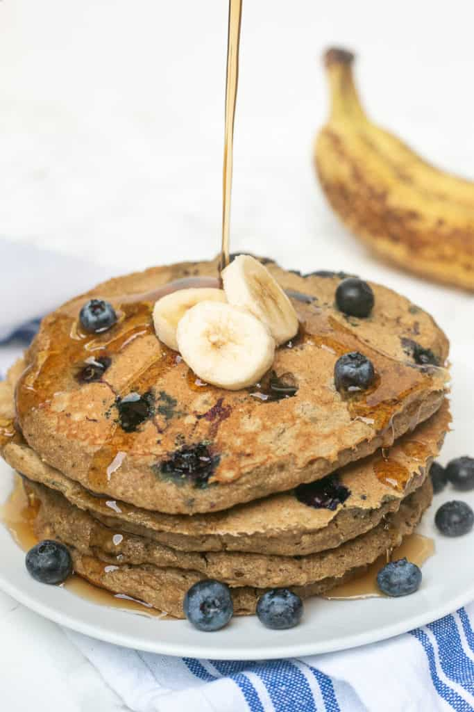 Single-serving Blueberry Banana Oatmeal Pancakes: the BEST healthy breakfast