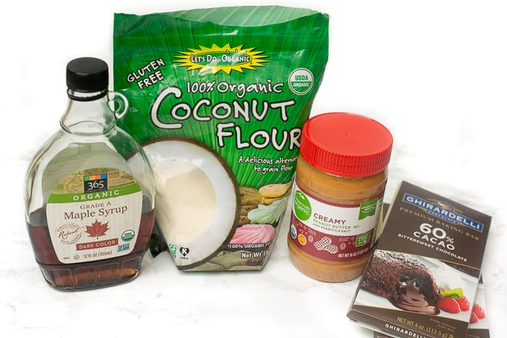 Ingredients for healthy No-Bake Chocolate Peanut Butter Bars